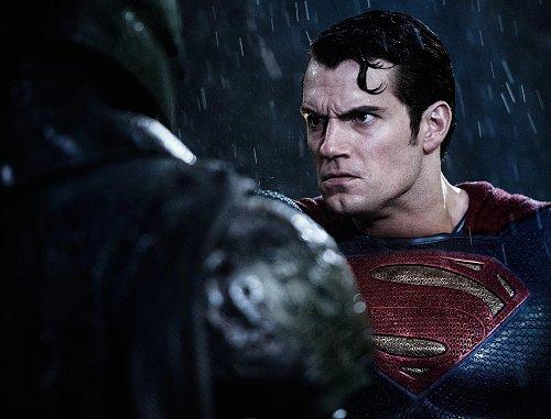 Бэтмен против Супермена: На заре справедливости / Batman v Superman: Dawn of Justice (2016)